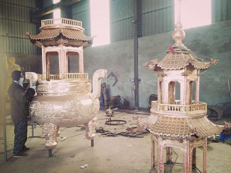 铜鼎、铜鈡、香炉